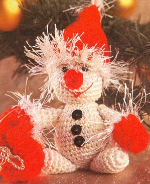 Пряжа 100% хлопок и травка. снеговик.  Yaromila Volkova.  Схема вязания снеговика крючком.  19 ноября 2011 года,10:42.
