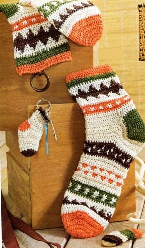 Жаккардовые носки в стиле этно