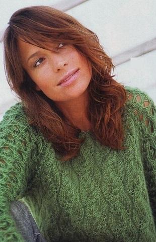 Мохеровый пуловер спицами