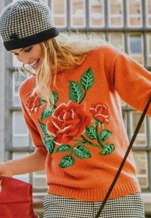 Пуловер с узором Розы спицами