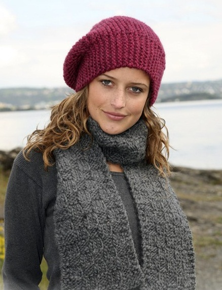 вязание шапки и шарфа спицами зима весна со схемами и описанием.