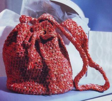 8002. Рюкзак вязанный крючком модная и функциональная деталь на отдыхе и.